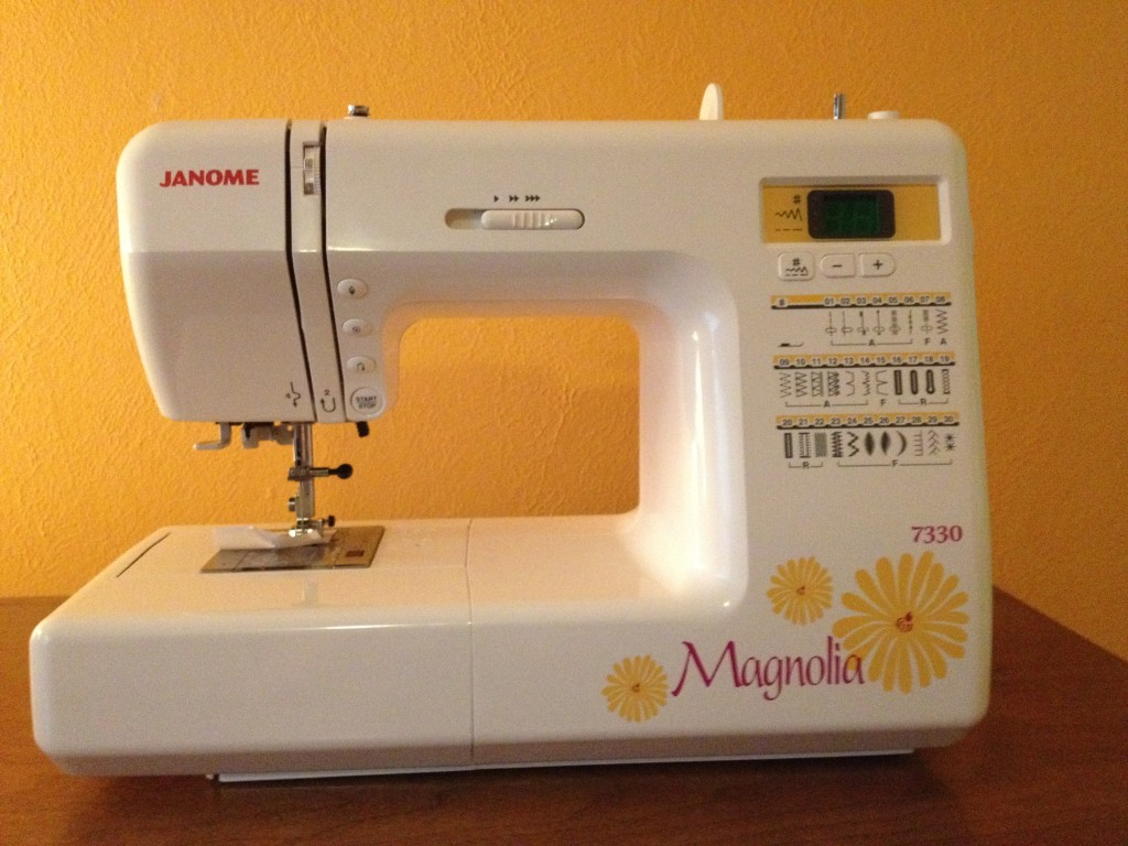 2012_07_14_003-.5914.-sewing