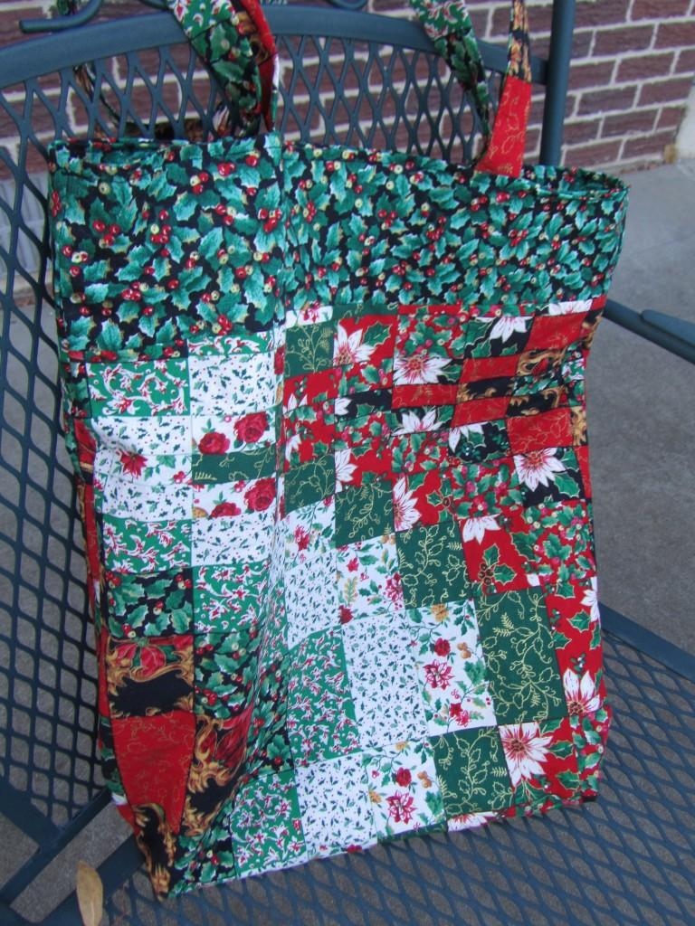 2012-12-09 Christmas tote