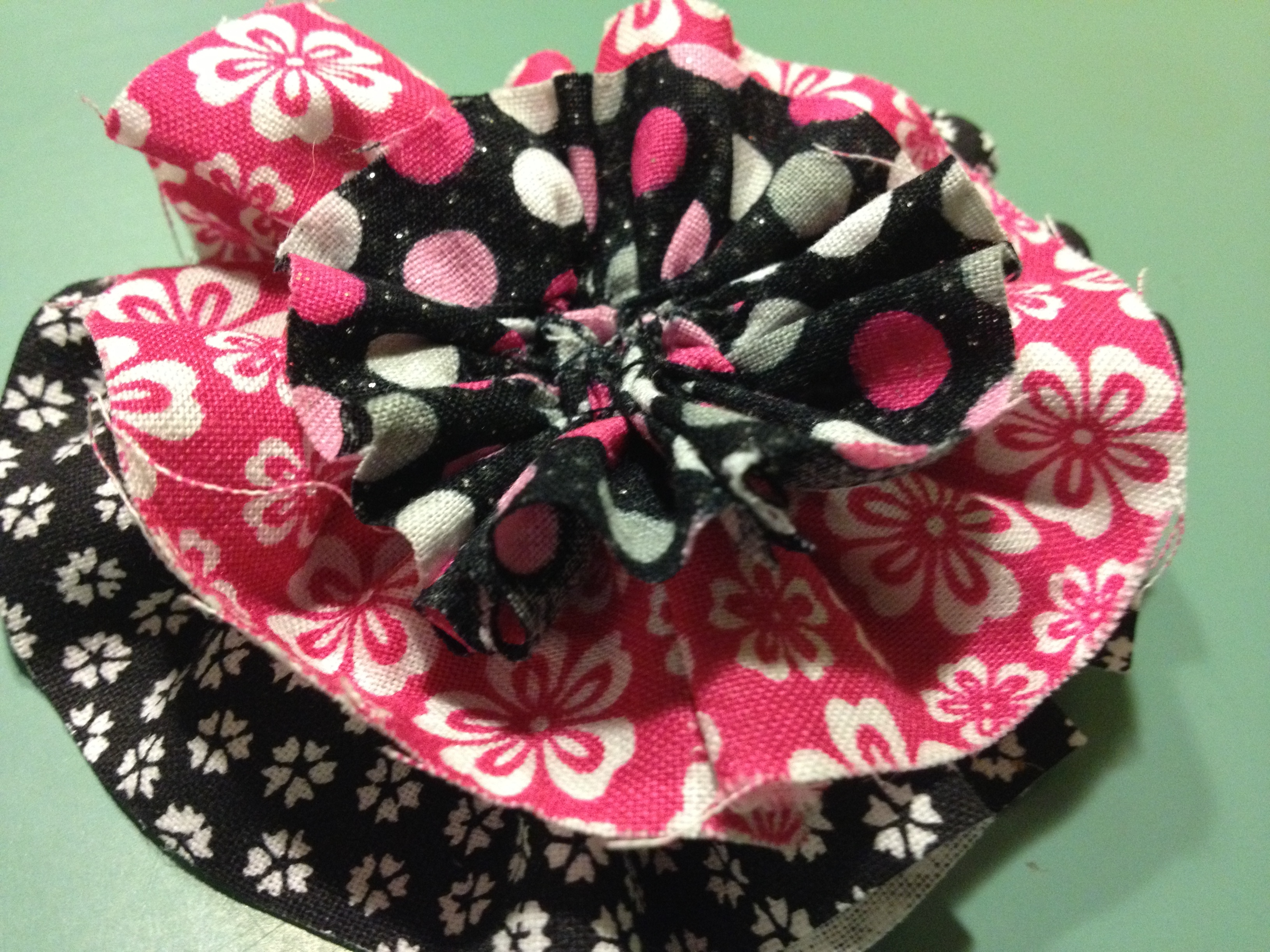 Simplicity 1601 Pink And Black Flower Raspberry Lemonade